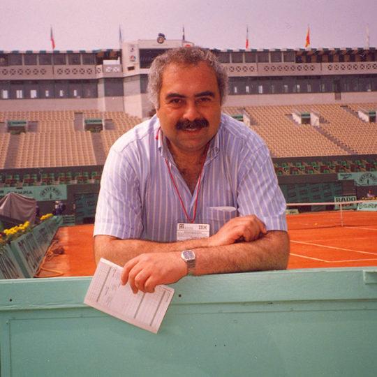 Roland Garros merkez kort 1993, Björn Borg 6, Rafael Nadal 9, Steffi Graf 6, Yannick Noah ise müthiş coşkulu tek zaferini 1983 yılında bu efsanevi kortta kazandı.