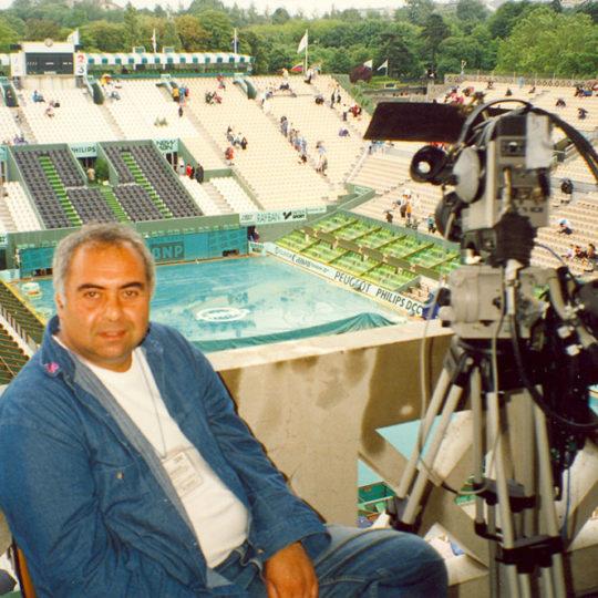 Roland Garros 1994, Yağmur toprak kortta çok etkili olmasa da zaman zaman böyle mecburi aralar verdiriyor.