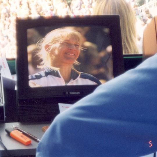 Roland Garros 1999, Alman Steffi Graf 6. şampiyonluğunu finalde İsviçreli Hingis'i unutulmaz bir final sonrasında yenerek kazanmıştı.