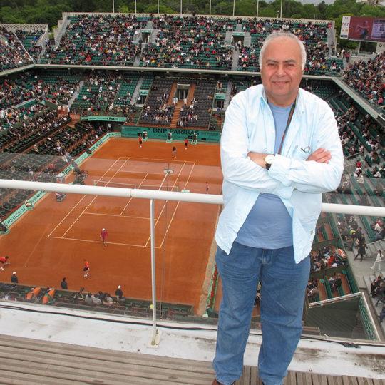 Roland Garros 2010, Merkez kortun anlatım kabinlerinin çatısından görünüşü