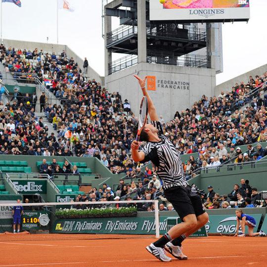 Roland Garros'ta ikinci büyük seyirci kapasitesine sahip Suzanne Lenglen kortu, 10.000 seyirci kapasitesine sahip...