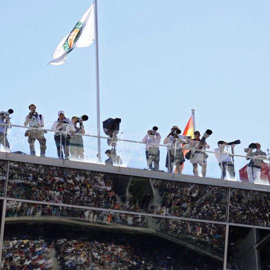 Roland Garros'ta bu çatı, foto muhabirlerinin ve televizyon kameralarının çalışmalarına ayrılmış