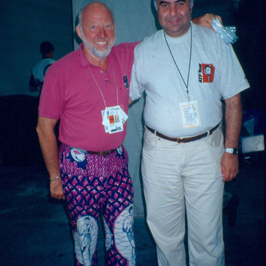 1996 Atlanta Olimpiyat Oyunları (ABD) NBC sunucusu Bud Collins ile