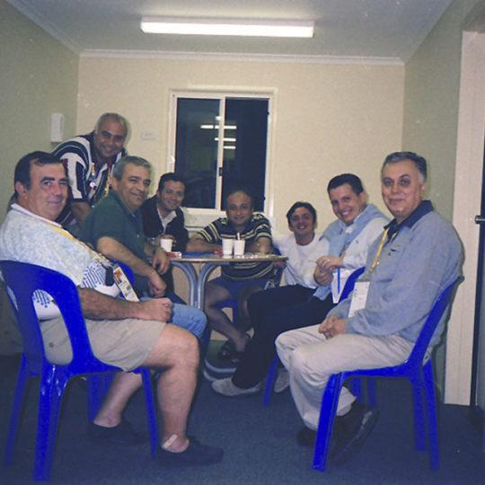 2000 Sydney Olimpiyat Oyunları (AUS) Prefabrik evde akşam sohbeti