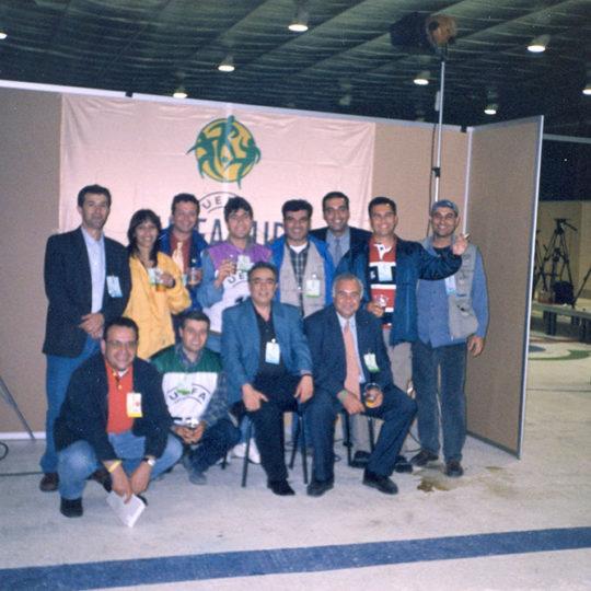 2000 Kopenhag, UEFA Kupası finali. TRT ekibi maçtan sonra