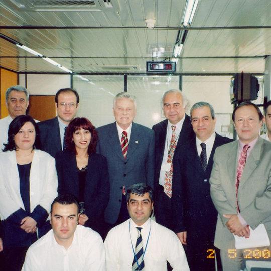 2003 Göksel Arsoy TRT Spor çalışanlarıyla