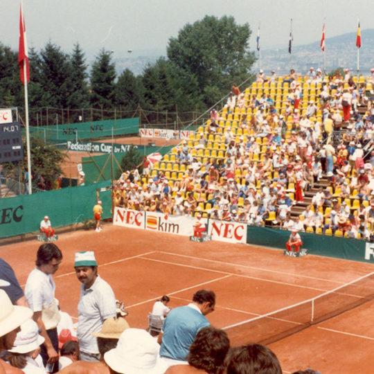 1983 Federasyon Kupası Finalleri – Zürih (SUI) Merkez Kort