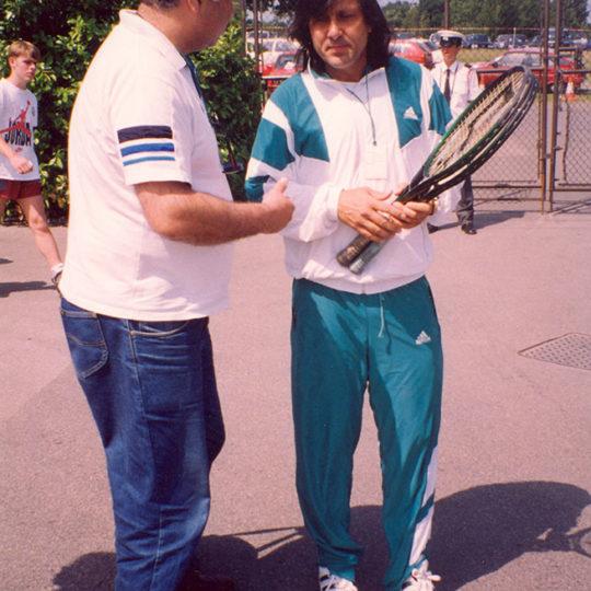 2 Grand Slam tekler şampiyonu İlie Nastase (ROM) ile