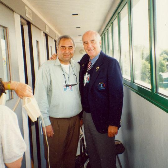 9 Grand Slam çiftler şampiyonu Bob Hewitt (G.AFR) ile