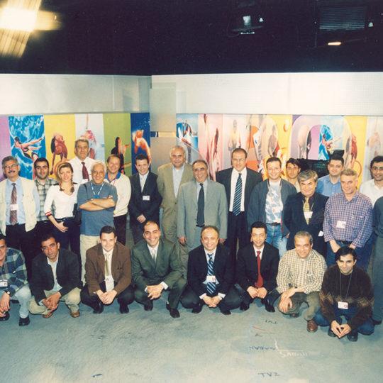 Fransa 98, Ankara Or-An stüdyosu. Fransa'da ve Ankara'da görev yapan TRT ekibi Kupa öncesinde